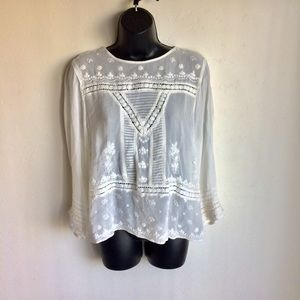 River Island Embroidered White Top. Size 14.